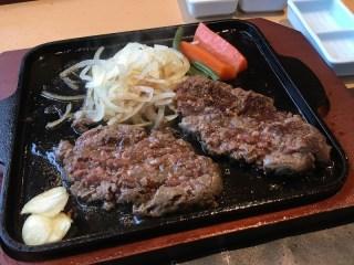 平家の郷大塚本館にはじめて行った。思っていた以上に美味しくてびっくりのハンバーグ。