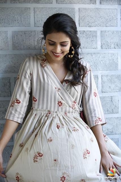 Actress Amala Paul At Bhaskar Oru Rascal Movie Promotions Photos ❤