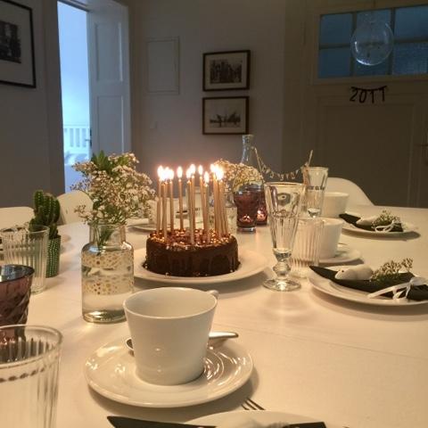 Sonntagspost: Edle Geburtstagsdekoration und Low-Carb-Flusskrebs-Salat