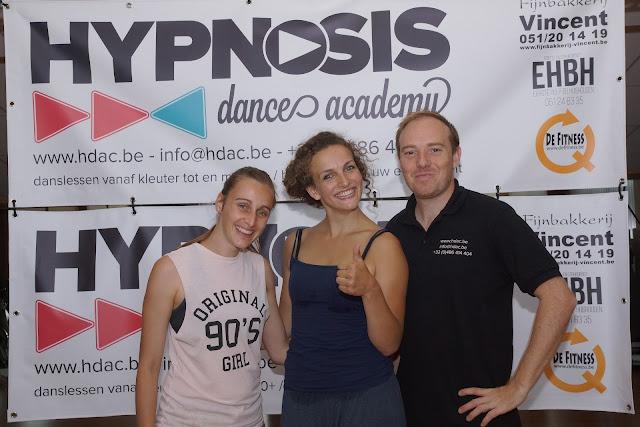 Sally en Steven van Hypnosis Dance Academy met Morgen Ribbens uit So You Think You Can Dance