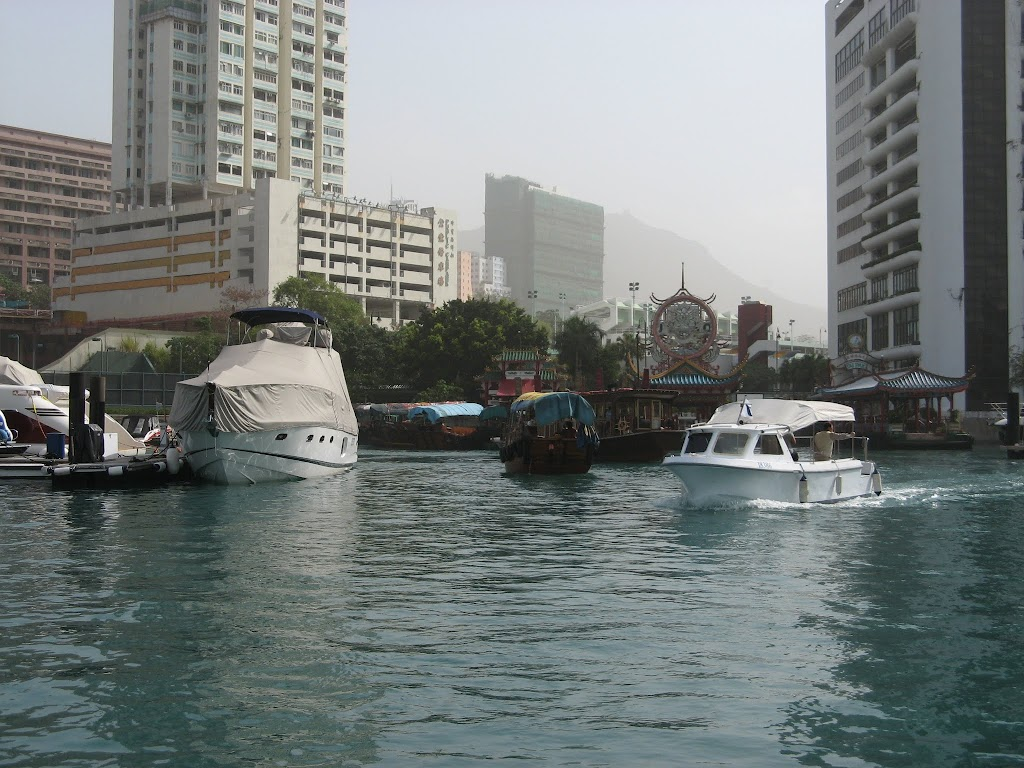 0130Cruise on Victoria Harbour