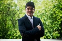 Manuel Jurado se formó en la Orquesta Sinfónica Infantil de Puerto Cabello y comenzó a dirigir a los 12 años