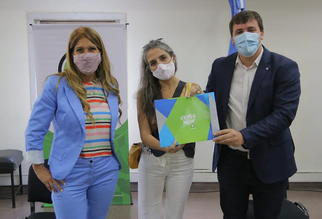 La Municipalidad de Avellaneda entregó $ 59,5 millones en subsidios para  escuelas públicas | Zona Sur Diario
