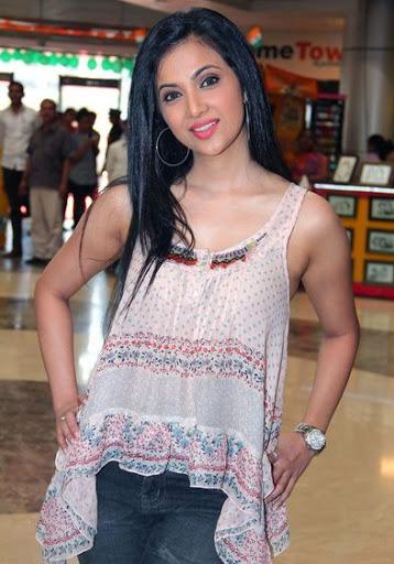 Shilpa Anand Measurement