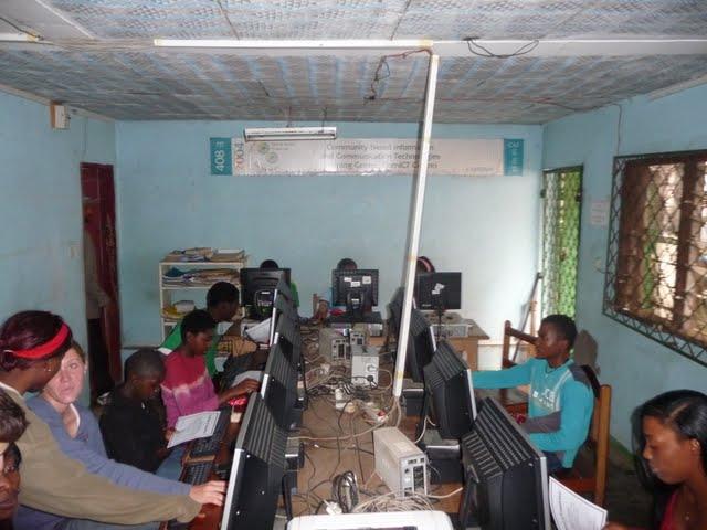 Free Computer Classes - P1090276.JPG