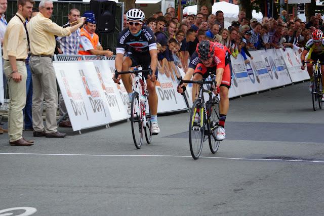 Bert Bonne wint voor Engelbert Van Keirsbulck