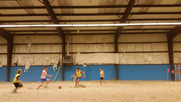 Indoor beach soccer met de C1