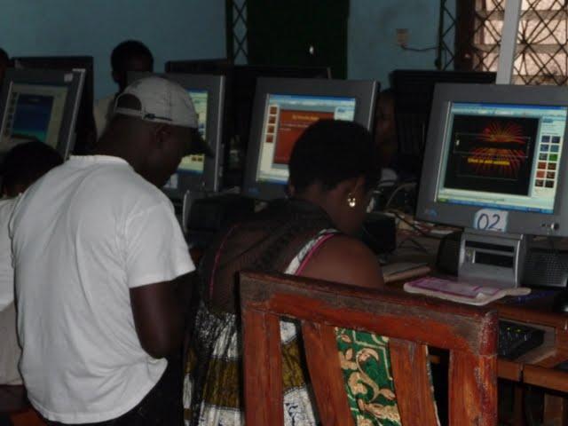 Free Computer Classes - P1090247.JPG