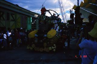 0163Expo Parade