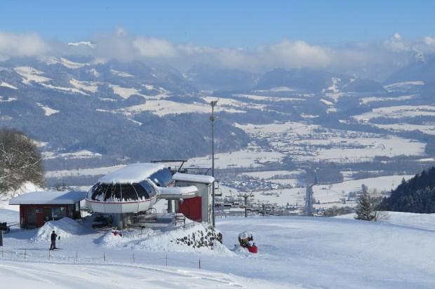Blick von der Bergstation ins Tal