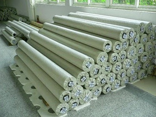 Tubular knitted fabric package or roll