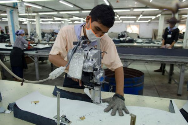 Cutting section in garments