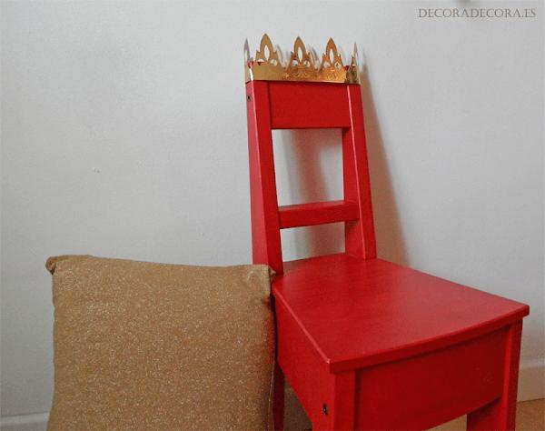 Decorar dormitorio de niño con una silla de rey