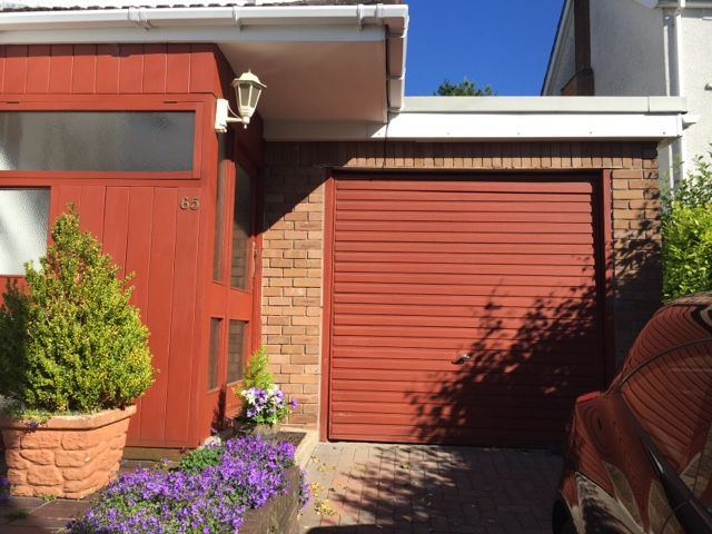 Staining exterior wood panels and sheds diy daddy for Exterior standalone retail