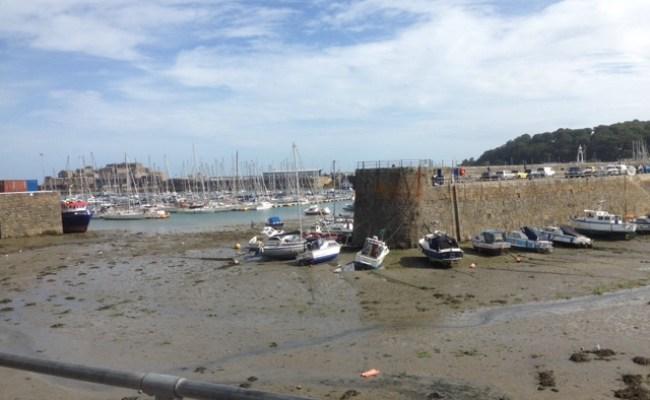 Friskus En Liten Uke På Guernsey