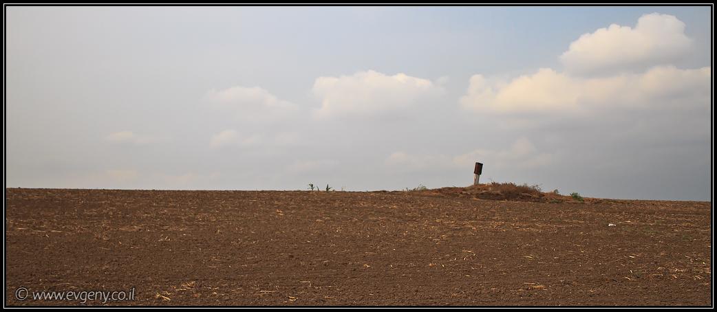 Из Мекорот ха-Яркон в Тель Афек   From Mekorot ha-Yarokn to Tel Afek   LookAtIsrael.com - Фото путешествия по Израилю