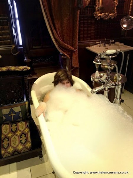 2016 09 13 18 21 55 bath