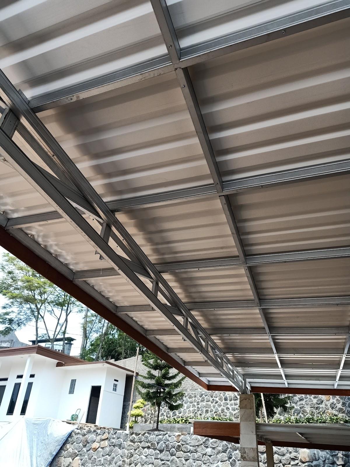 kanopi baja ringan bogor kota jawa barat 01 pemasangan atap alderon di ciapus sukadamai