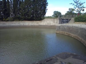 Agde round lock