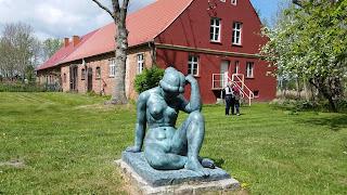 Skulptur im Schlosspark Spyker