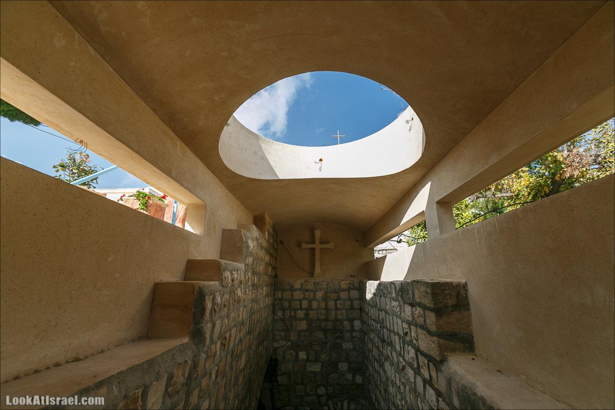 Назарет сквозь церковь, мечеть и пещеру