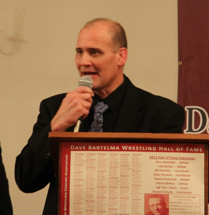 Presenter Jerry Reker (for inductee Dean Hiscocks).