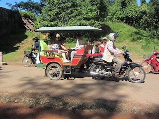 0021Angkor_Wat