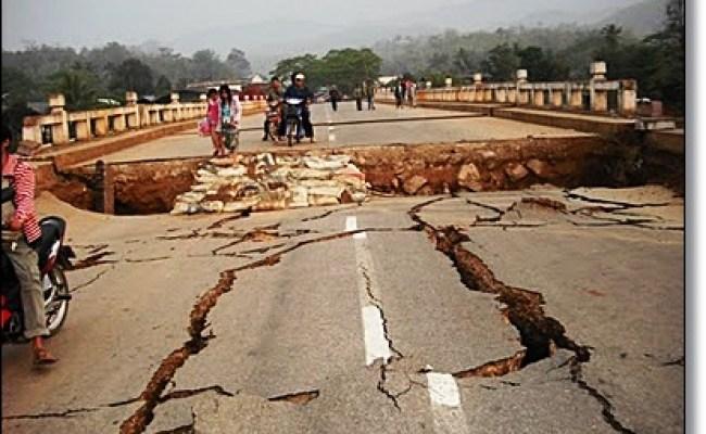 Ctnhoney Berita Terkini Gempa Bumi Berukuran 8 9 Sr Melanda Aceh Amaran Tsunami Dikeluarkan