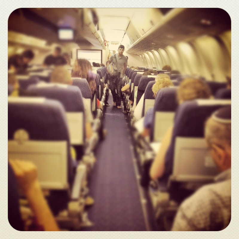 LookAtIsrael.com – Фотографии Израиля и не только…: LookAtCanada.com / Полетная iPhone-графия  | LookAtIsrael.com - Фотографии Израиля и не только... Летим! Я внутри волшебной трубы с крылами и хвостом