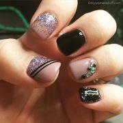 pretty dark gel nail art