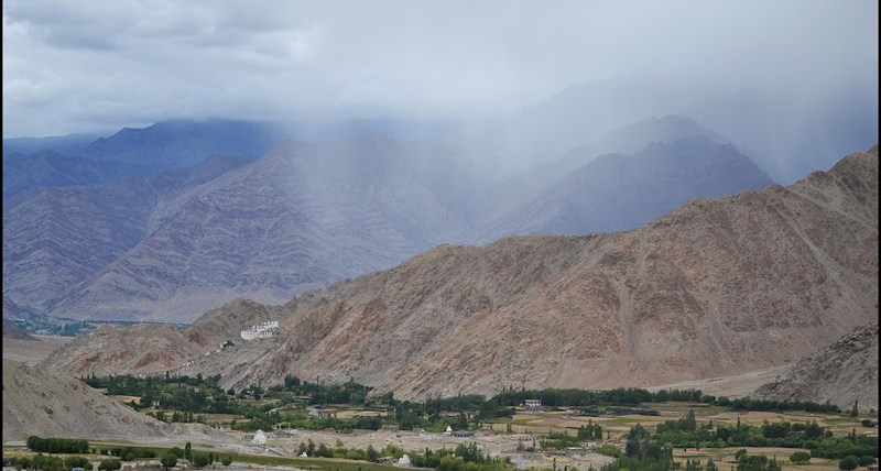 ladakh village fog