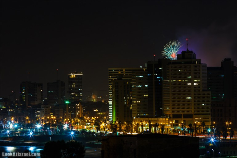 Яффский вид на салют Дня Независимости Израиля | LookAtIsrael.com - Фото путешествия по Израилю