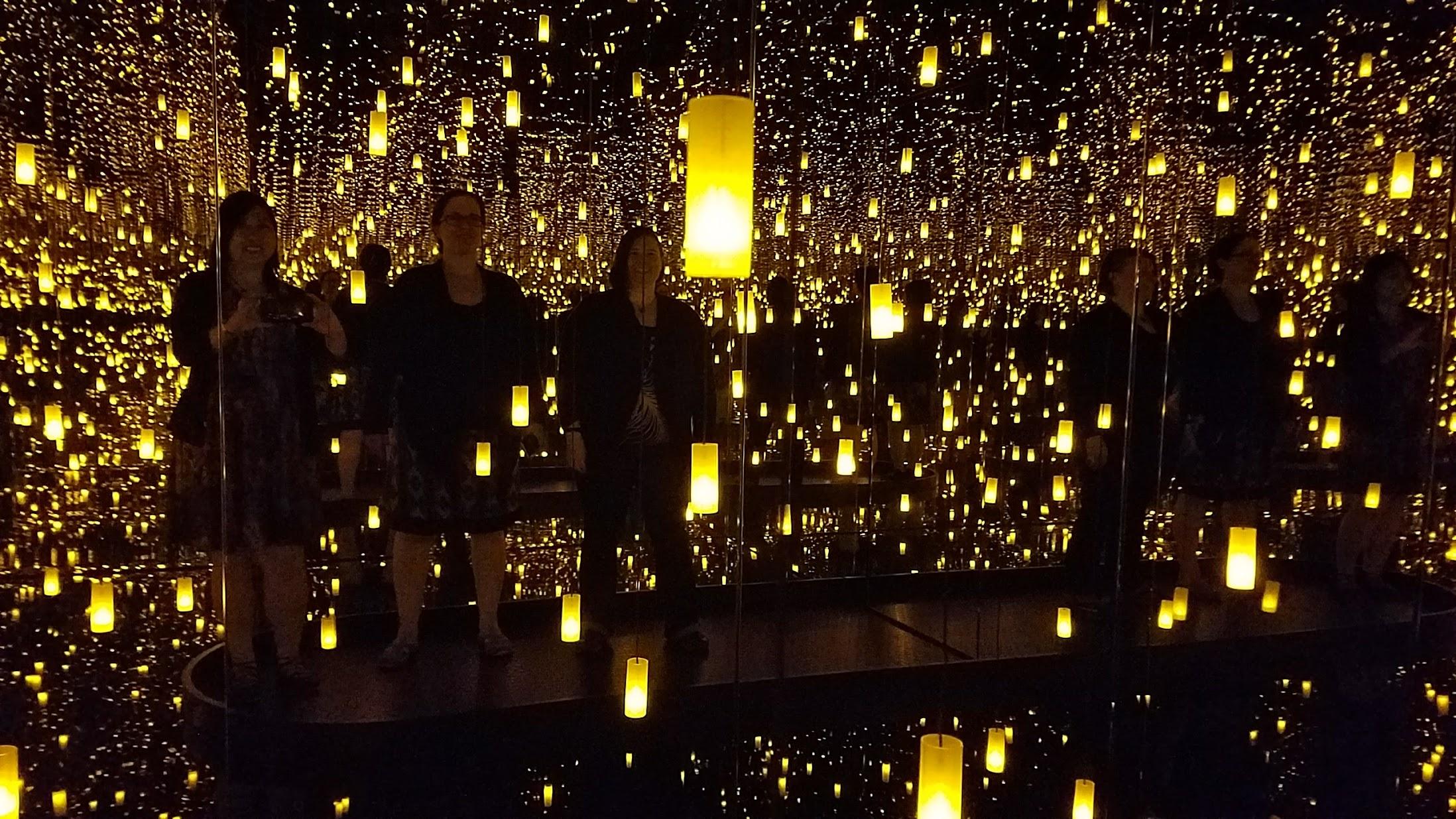 Visiting Yayoi Kusama Infinity Mirrors Seattle Art Museum 2 - Pechluck' Food Adventures