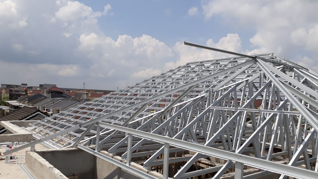 pasang baja ringan di jambi rangka toko ayu mandiri produsen atap