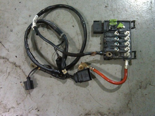 small resolution of fuse box it call alternator harness it is very common