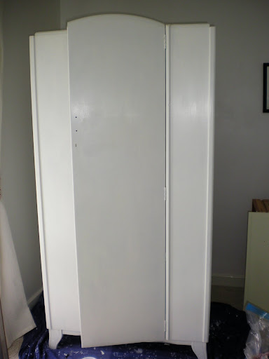 Project Thirty Eight: Painting my Wardrobe White (6/6)