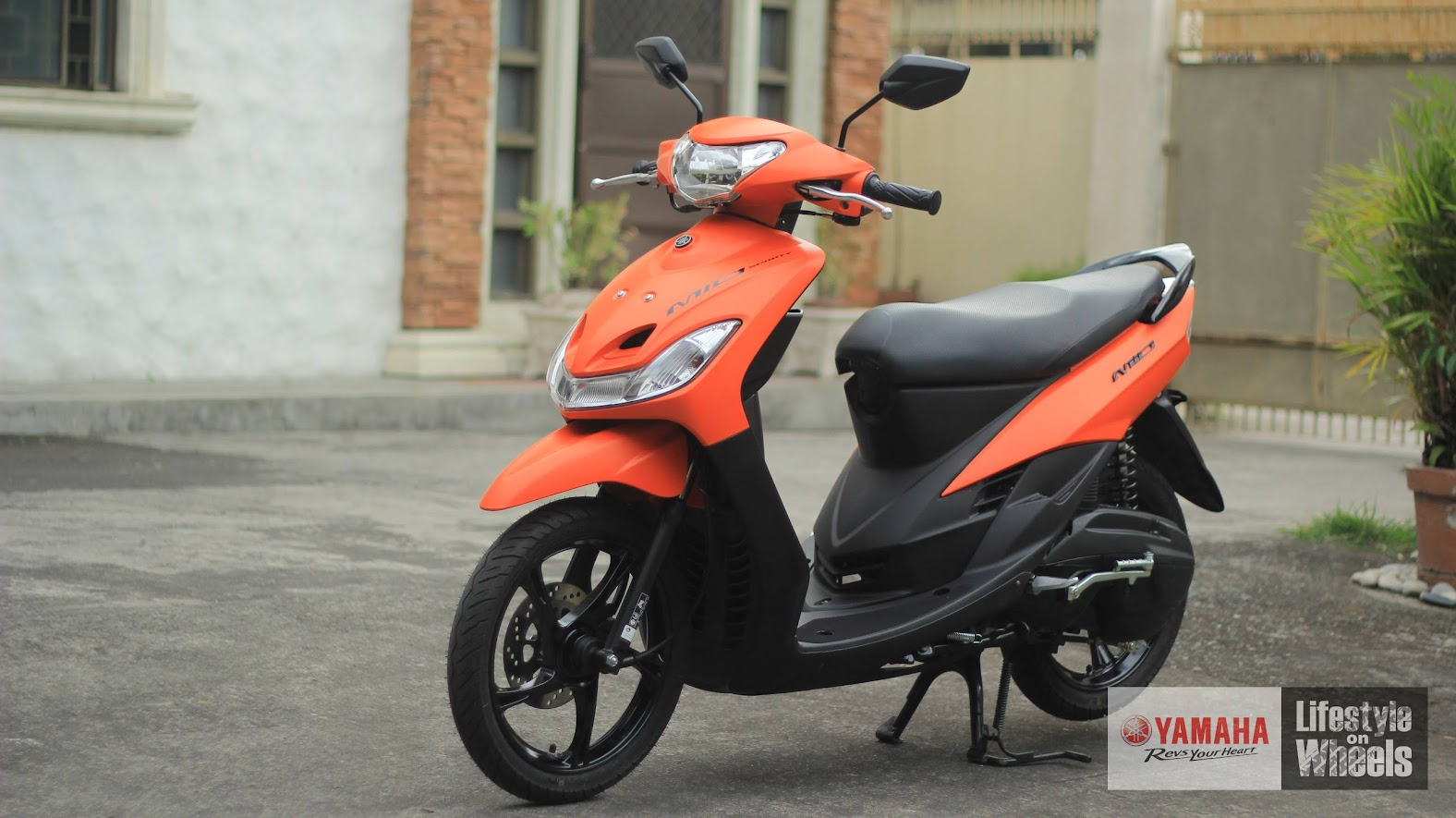 hight resolution of the yamaha mio sporty 2018 still looks exactly the same from the very first release of the model and just few minor changes were undertaken to make this