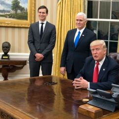Oval Office Chair Q5 Ergonomic Cote De Texas President Trump S New Decor Yesterday The Churchill Bust Was Moved From Outside Private To For Some Reason This A Major Sore Point When