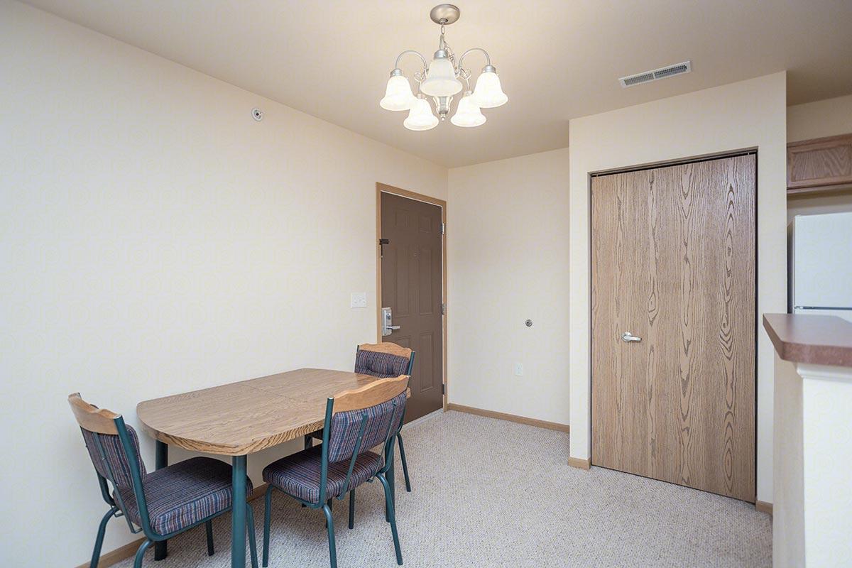 Two Bedroom, Two Bath Floorplan (2 Bed, 2 Bath