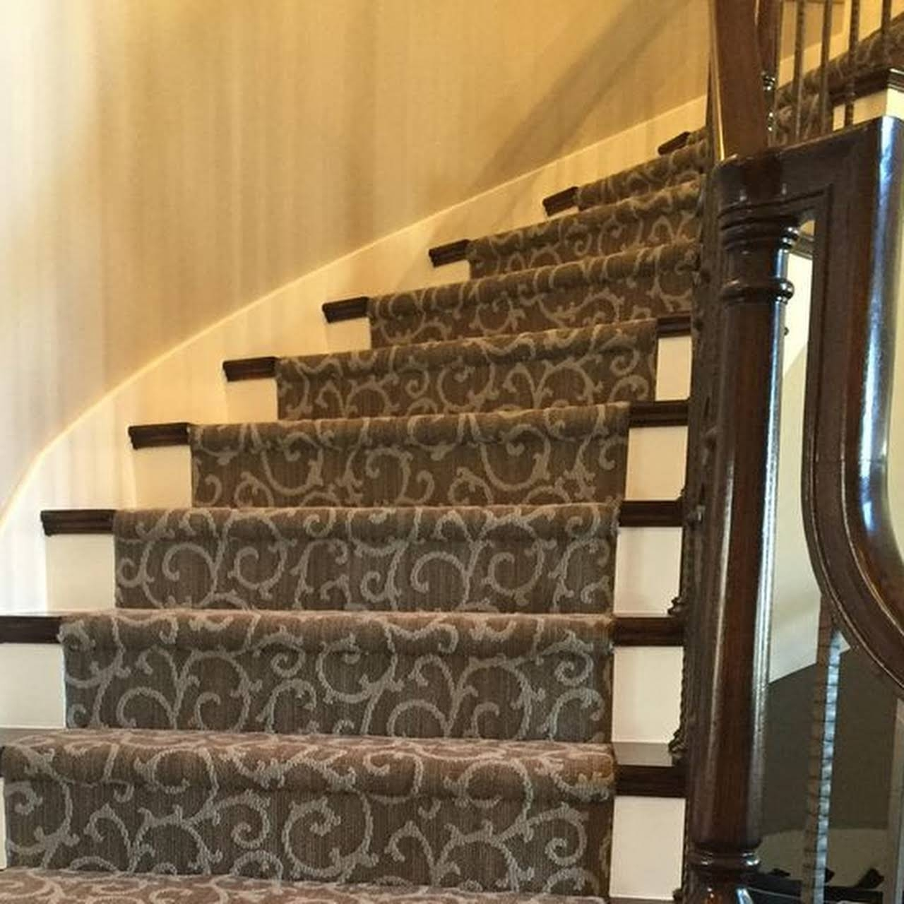 Serge Carpet Plus I Specialize In Carpet Repair Carpet | Seagrass Carpet On Stairs | Gray Wood | Hard Wearing | Grey | Stair Malay Chen Sisal | 80 20 Wool Carpet Stair