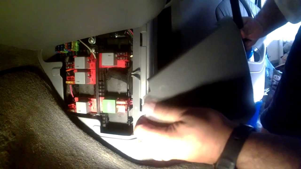 hight resolution of mercede s280 fuse box location