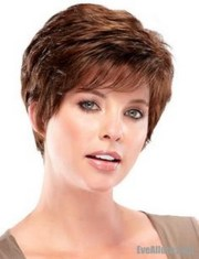 short haircuts women over 70
