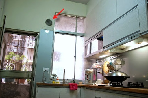 best kitchen paint different kinds of countertops 體驗文 自己動手刷油漆 先補牆再粉刷 hanni 愛玩家