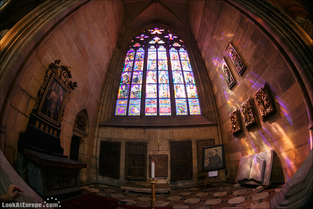 Прага. Собор Святого Вита. Витражи