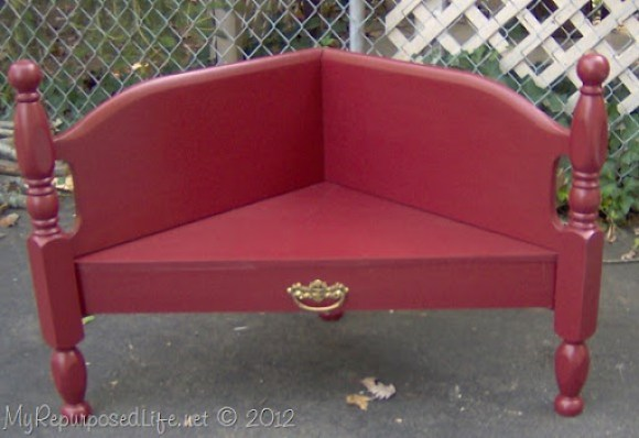 corner bench made from headboard