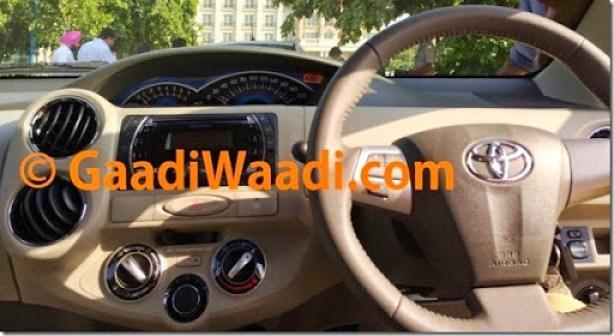 2015-Toyota-Etios-facelift-spied-dashboard-1024x557
