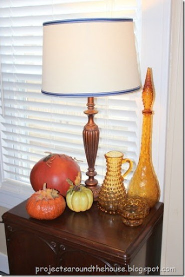 Fall Thanksgiving tablescape pumpkins