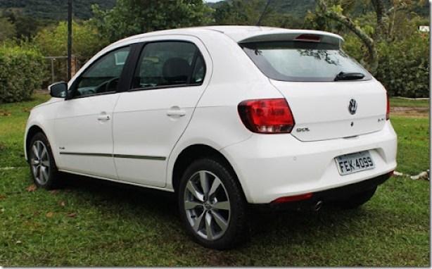 Volkswagen_voyage_gol_2013 (7)