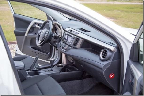 Toyota RAV4 (30)
