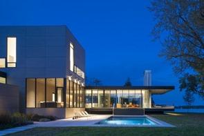 casa-minimalista-Tred-rio-Avon-Robert-Gurney-Arquitecto-1